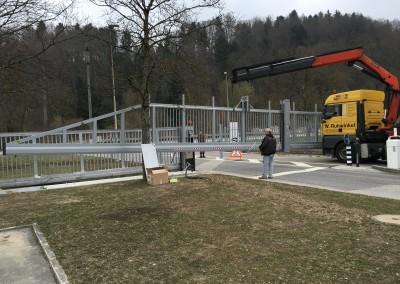 Swiss Army Wangen a.d. Aare Lieferung neues Tor